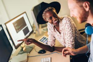 A woman who is a web developer without a degree